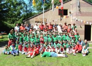 Groepsfoto 60-jarig jubileum 2005 - Klik op de foto voor een vergroting!