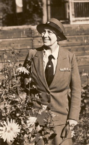 Lady Baden-Powell. Waarschijnlijk is deze foto tijdens haar bezoek aan Nederland in 1946 gemaakt.