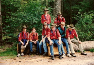 De groepsfoto van het rsa-kamp in juli 1997 op Gilwell Ada's Hoeve in Ommen