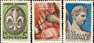 De postzegels van de Wereld Jamboree 1937 in Vogelenzang (1½, 6 en 12½ cent)